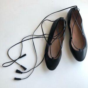 ◽️Madewell◽️leather lace-up tassel ballerina flats